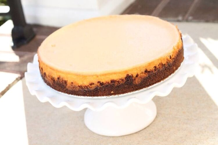 Bourbon Eggnog Cheesecake with a Gingersnap Crust - Baked ...