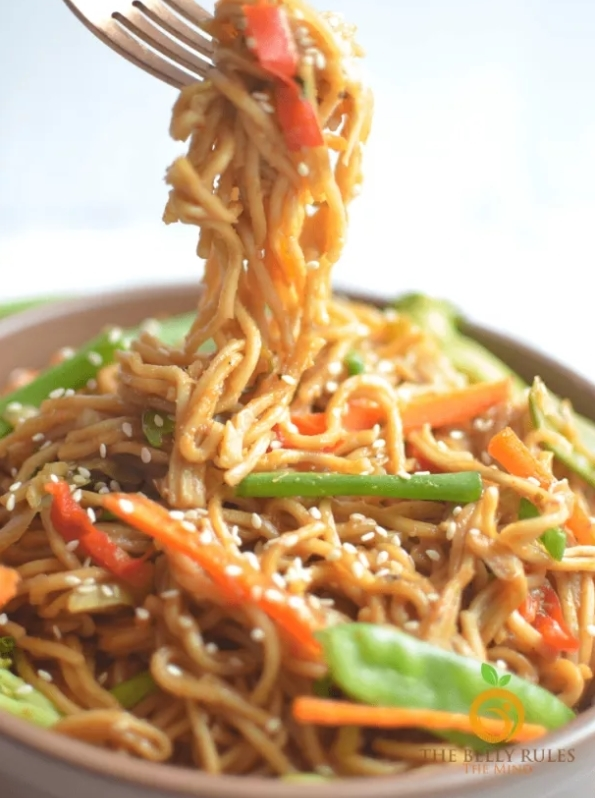 Easy Instant Pot Vegetable Chow Mein Recipe -TheBellyRulesTheMind